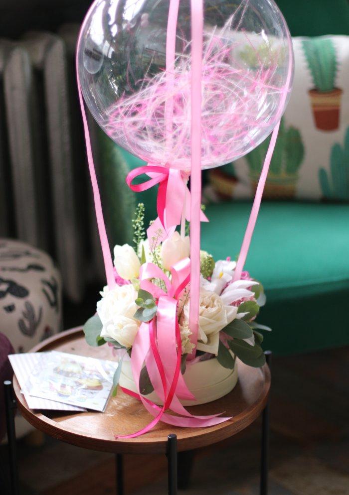 Цветочная композиция с шаром